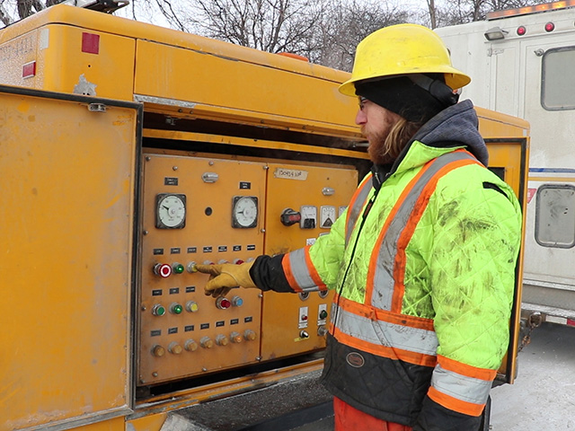 City of Winnipeg crews will use electrical current to thaw pipes that have frozen on the City side.