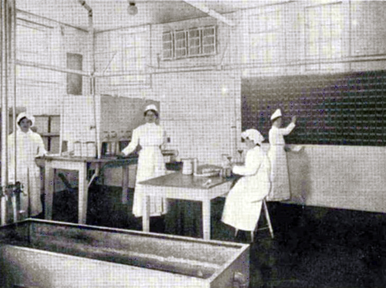 Staff in the Dispensary, Babies Milk Depot, Department of Public Health, City of Winnipeg, 1916. (A712 Volume 4)